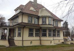 E. Särgava allee 4, Tallinn Eramu karniiside, rõdude renoveerimine ja viimistlemine